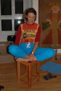 Freiburger Hocker für Yoga